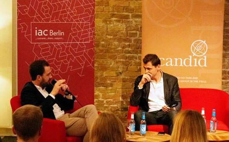 The two journalists Christoph Sydow (left) and Daniel Gerlach (right) shared their knowledge on the region.